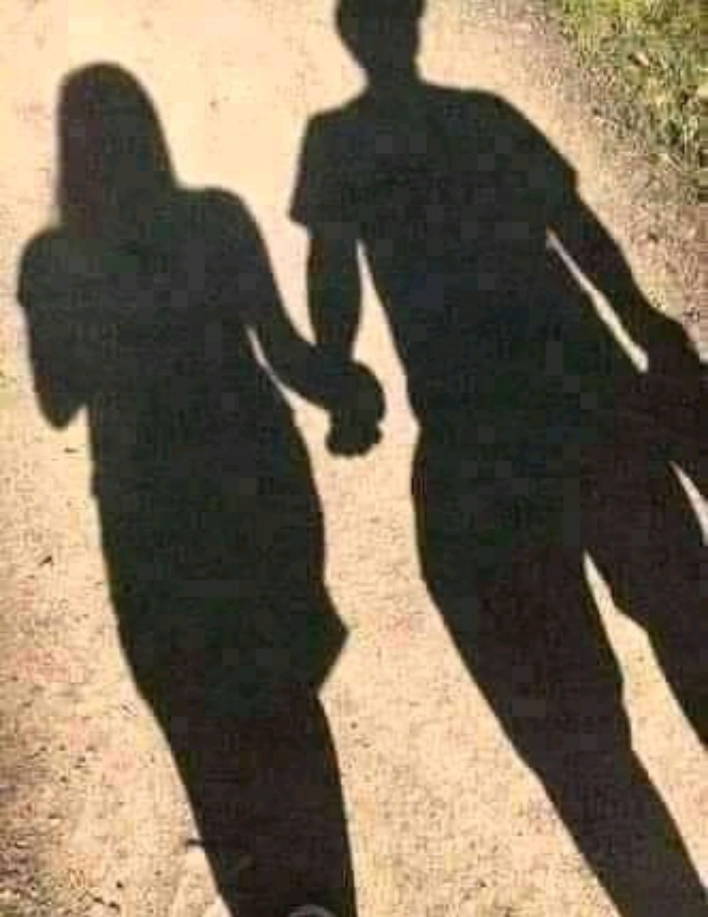 4 those asking 4 pic of my girl, This is us, the most important thing is that we are holding hands 🤝, I can't cum n kill myself 😂
